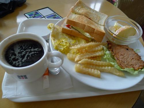 高雄羅多倫咖啡-美式早餐