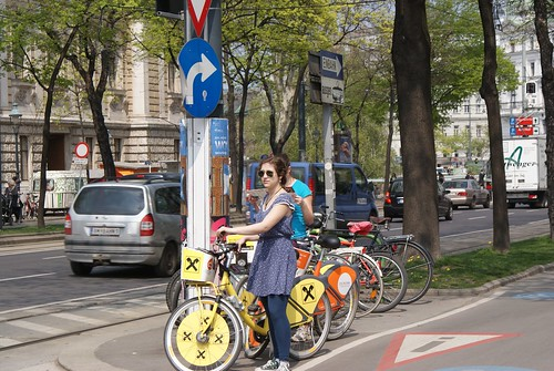 Biking like champions on Vienna's amazing bike paths