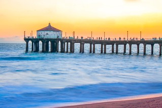 Image of Manhattan Beach.