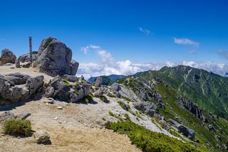 空木岳山頂と南駒ケ岳