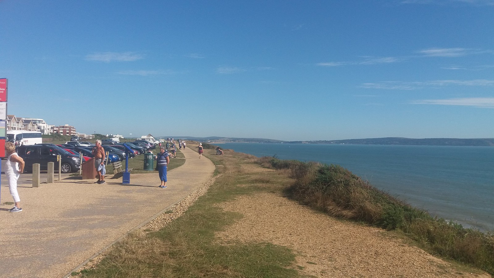 20160907_154700 cliff top path west of Milford on Sea
