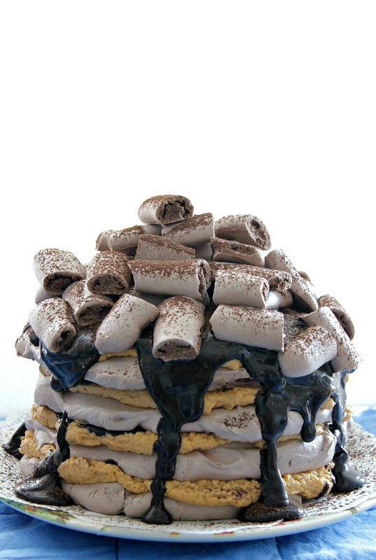 Speculoos Chocolate Fudge Meringue Cake