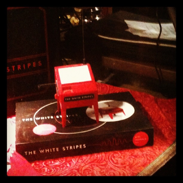 White Stripes Mini Theremin at Third Man Records in Nashville, TN | PopArtichoke