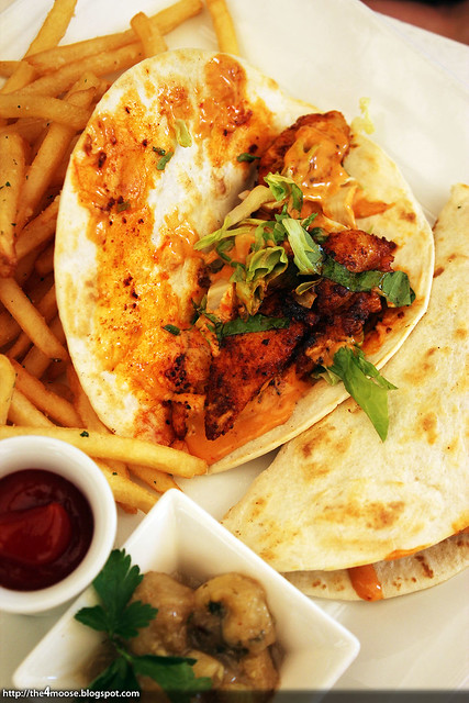 Nosh- Fish Tacos
