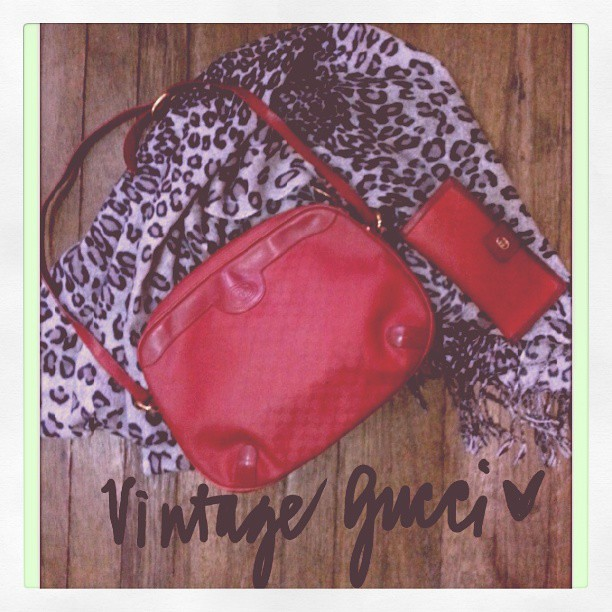 My red vintage Gucci collection. And that's my handwriting on the picture using Samsung Galaxy Note 2's S Pen. Wala nang kokontra---mas astig Note 2 kesa iPhone. And this coming from a girl who loved her iPhone. Right @aissa515 @aguilab? #Note2 #samsung #