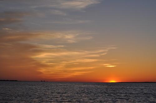 sunset usa beach gulfofmexico water nikon wasser unitedstates florida navarrebeach santarosaisland santarosacounty emeraldcoast santarosasound d5000 fisherbray