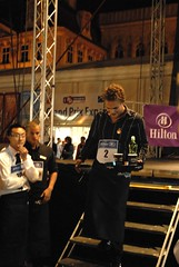 2009 Prague Hilton barmen race 001