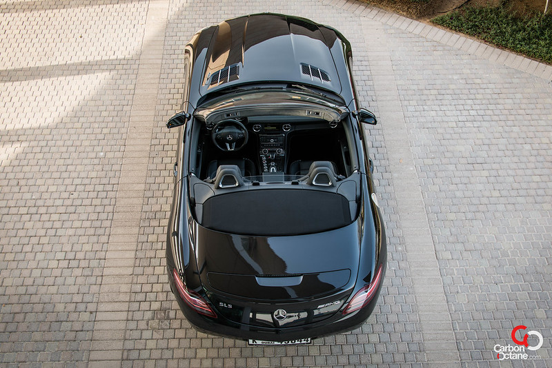 2013_Mercedes_SLS-Roadster_top_view.jpg