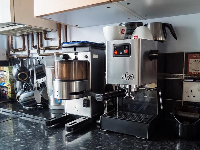 my new la cimbali grinder and latte art. Black Bedroom Furniture Sets. Home Design Ideas