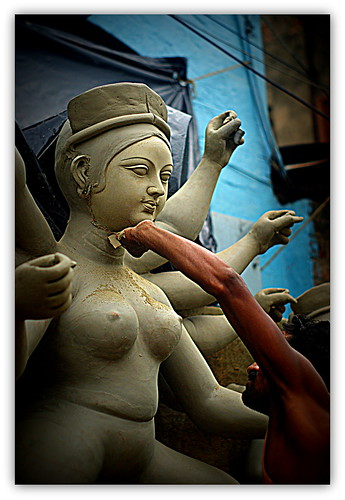 Goddess in making, Kumortuli