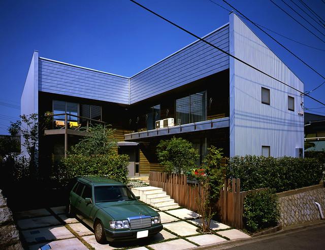 東京都多摩市の家