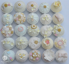 Vintage Button and Lace Wedding Cupcakes