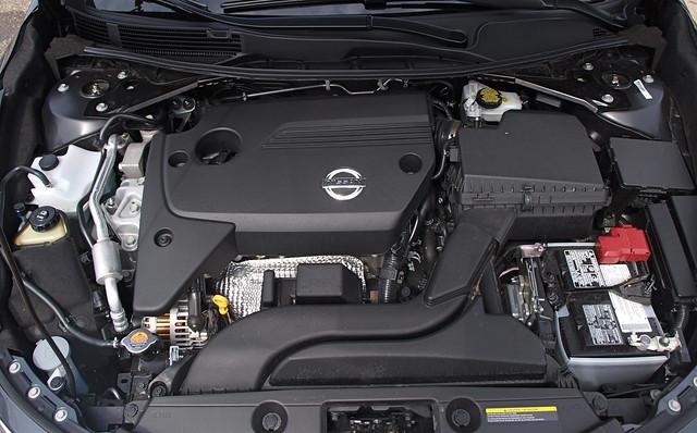 2013 Nissan Altima SL 11