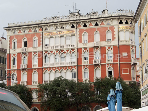 トリエステの建物の繊細な装飾