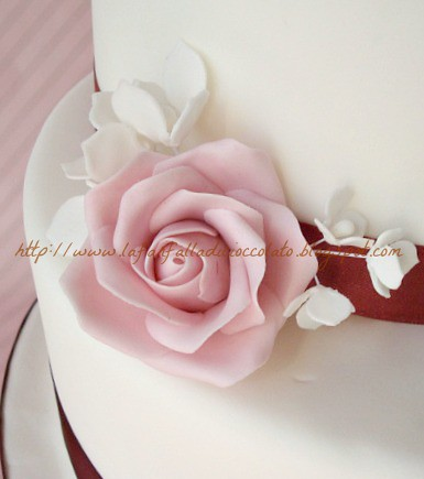 Dusky Pink Wedding Cake