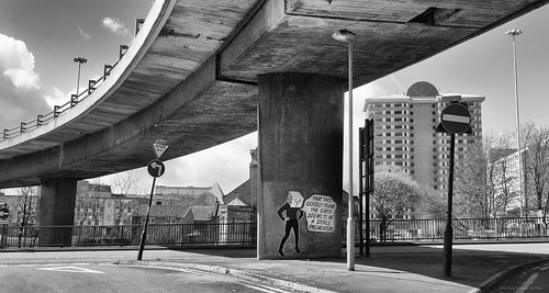 Hamlet under the Kingston Bridge, Glasgow