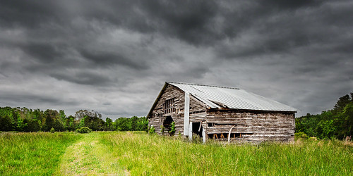 storm barn may overcast ruraldecay 2013 lowcontrastlight