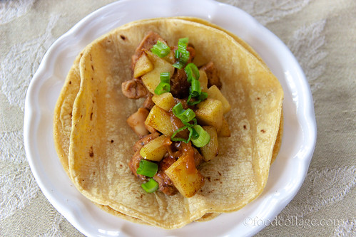 Cinnamon Apple, Chicken, and Pumpkin Butter Taco