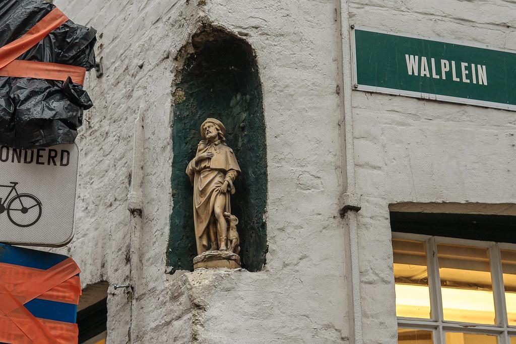 רחוב בברוז פסל