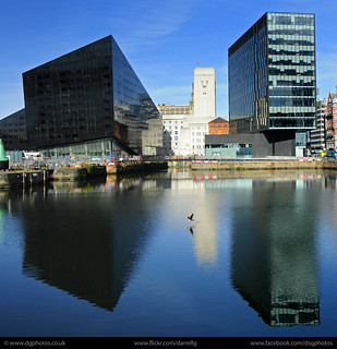 UK - Liverpool - Docks 03 sq