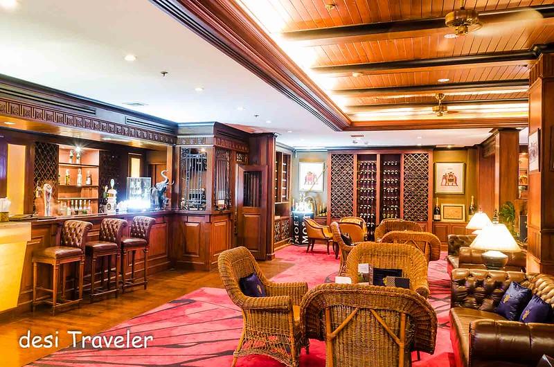 Elephant Bar Anantara Riverside Bangkok