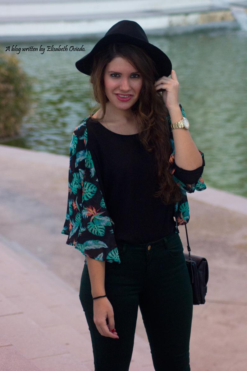 pantalones verde botella botines negros flecos MARYPAZ OASAP (2)
