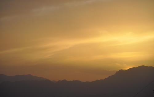 sunset mountain afghanistan nikon desert military range nato oef enduringfreedom isaf hindukush uruzgan d5000 kampholland tarinkowt fisherbray fobripley tarinkot orūzgān روزګان اوروزګان