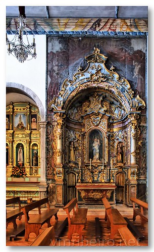 Capela lateral da igreja de S. Pedro em Faro by VRfoto