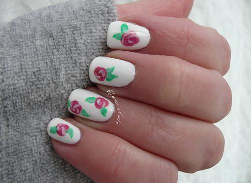 floral nail art 2