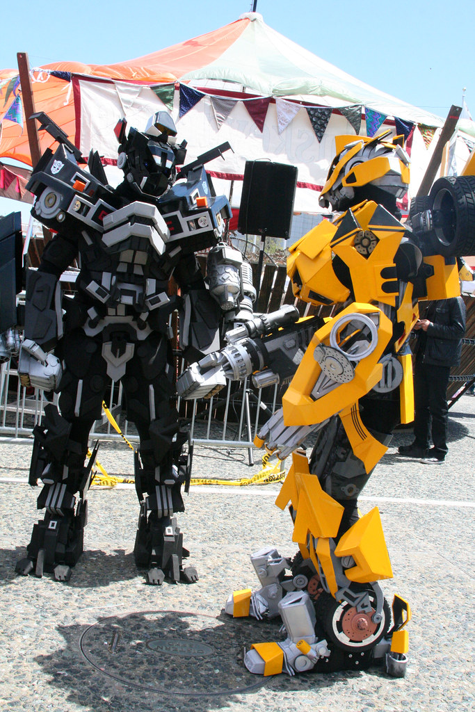 Transformer Cosplay Robots Photo By Sherrie Thai Of Shaire Flickr