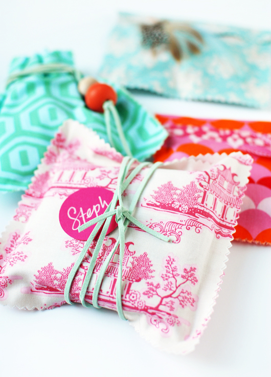 Diy fabric gift bags decor