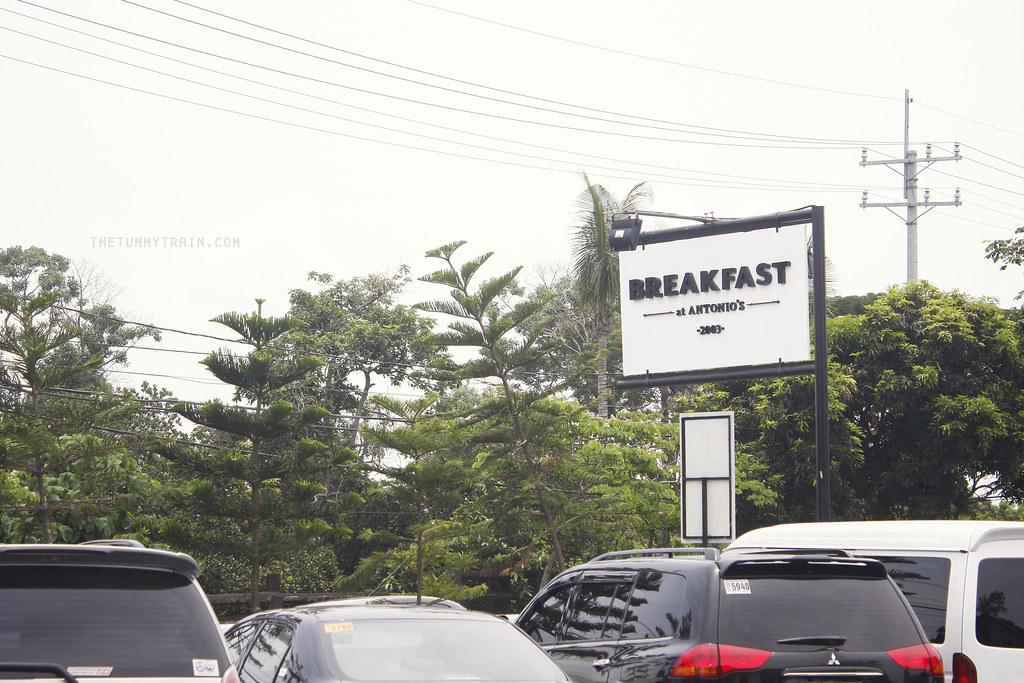 8923470441 1de8897db6 b - Breakfast- well, lunch- at Antonio's