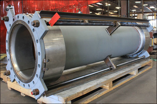 "24"" Dia. Universal Expansion Joint Designed for a Refinery in Europe"