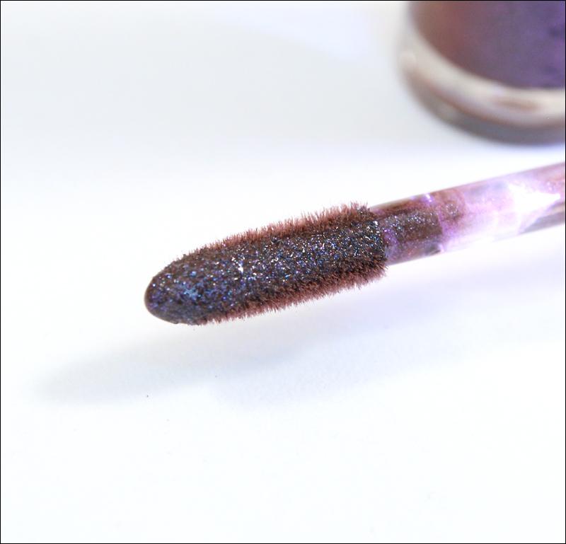 MUS gritty LED lipgloss1