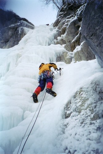 Greg climbing the Cascade du Dard
