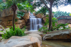 """假山流水 Water flowing amongst rockery"" / 寧 Serenity /SML.20130404.EOSM.03736"