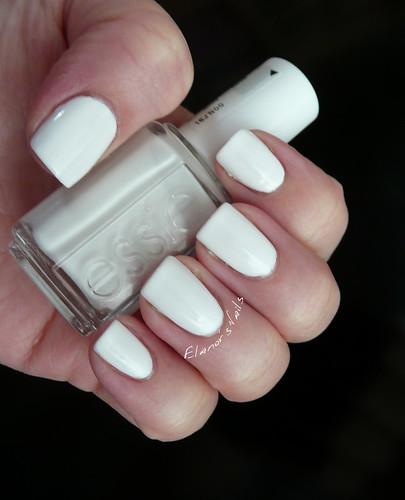 essie blanc 1