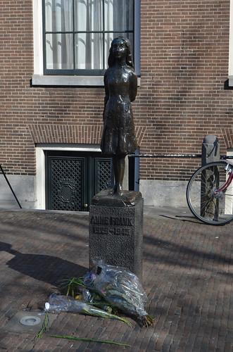Amsterdam Anne Frank Statue