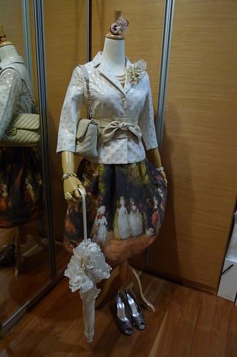 Mannequin Snap: Office Classic Lolita?