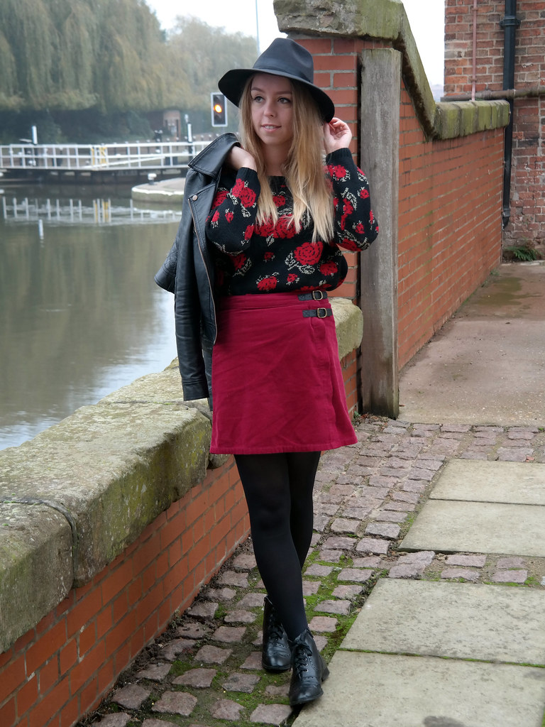 Rose print jumper fashion blogger