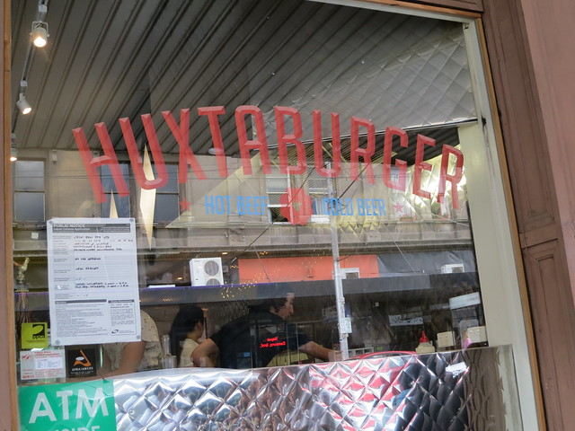 Huxtaburger: shopfront