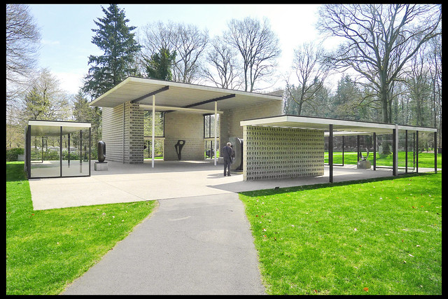 otterlo sonsbeek paviljoen reconstr 01 1954 rietveld gt (kmm otterlo 2013)
