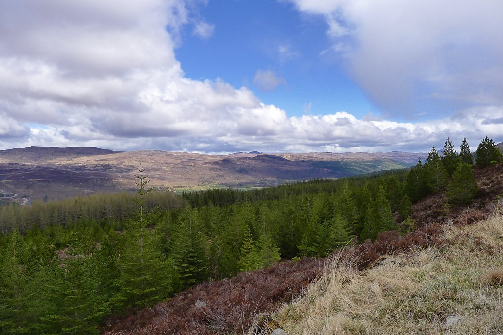 Walking above Glen Moriston