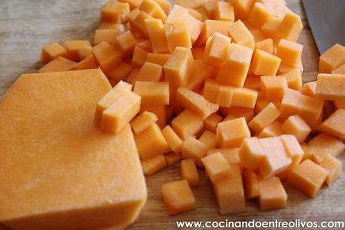 Paccheri rellenos de calabaza con salsa de gorgonzola www (1)