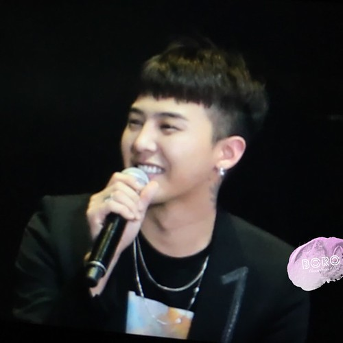 BIGBANG VIP Event Beijing 2016-01-01 GmarlboroD  (1)