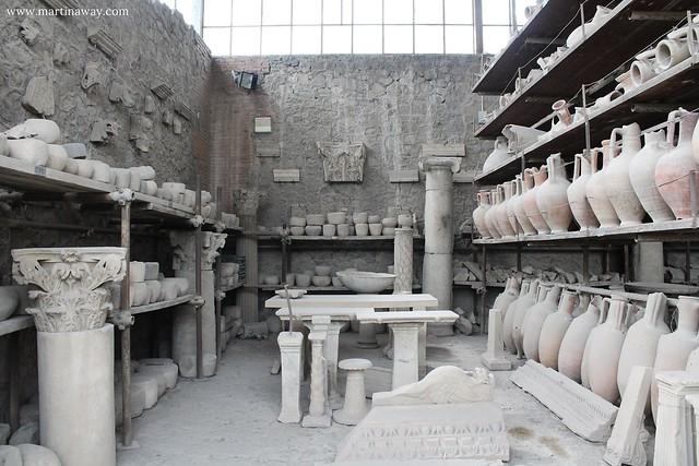 Pompei, granai del Foro