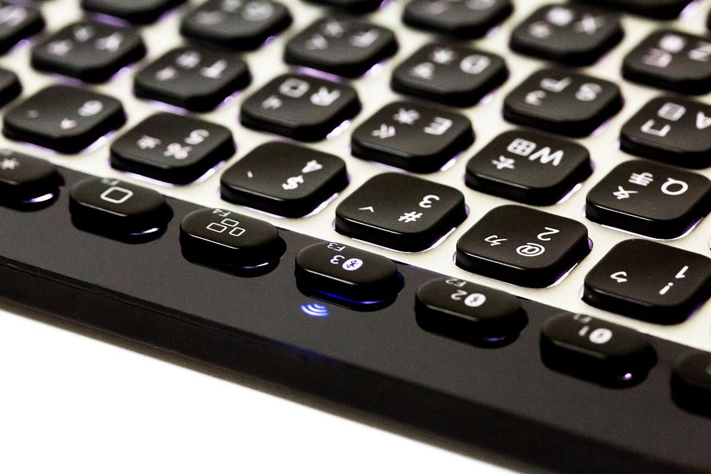 羅技 K811 輕鬆切換藍牙裝置鍵盤 @3C 達人廖阿輝