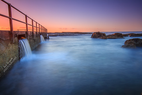 seascape pool sunrise north sydney nsw beaches curl