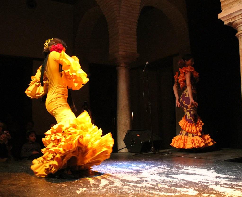 traje flamenca amarillo intenso