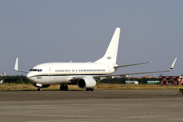 NAVY C-40A